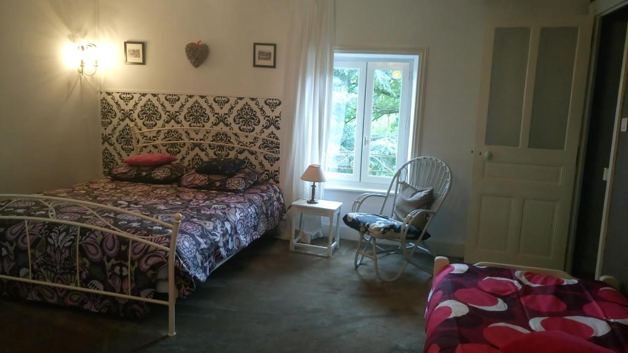 Chambre D'hotes Thiers Bed And Breakfast Chambres D Hôtes Le Besset Thiers France