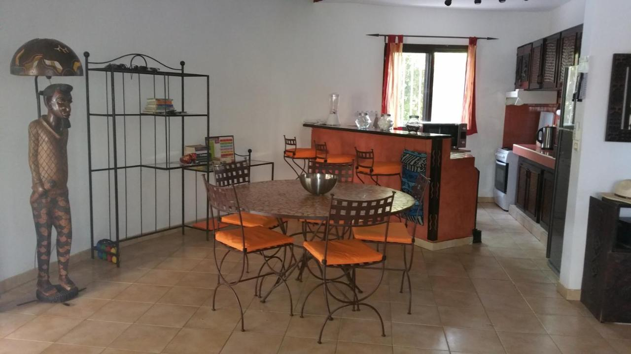 Küche American Style Villa Safari Village Saly Portudal Senegal Booking