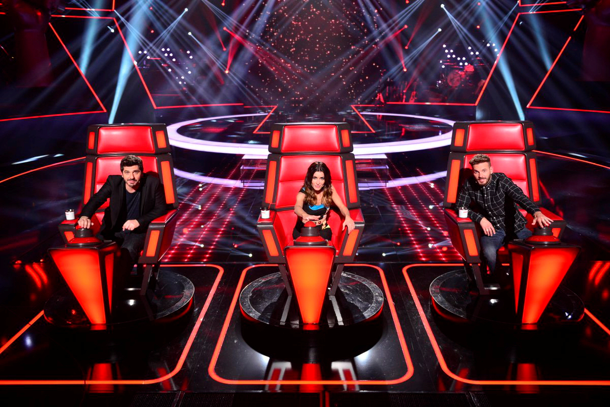 Fauteuils The Voice Jenifer Dans The Voice Kids 3 Son Look En Combinaison