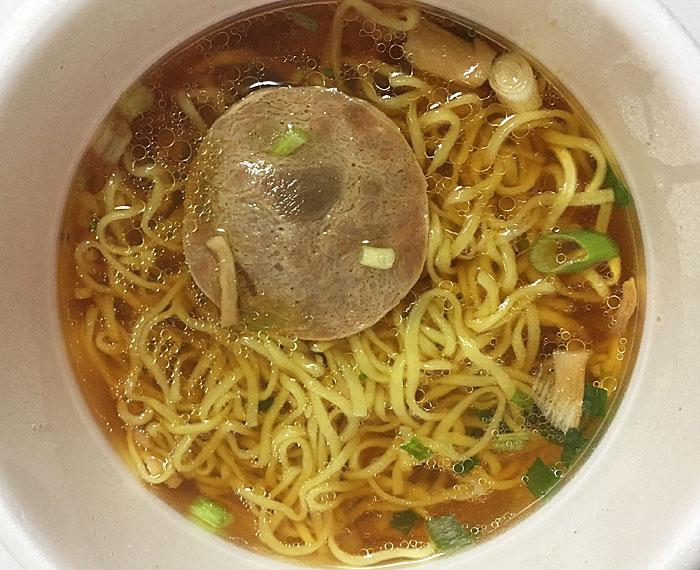 生麺食感の中華そば2