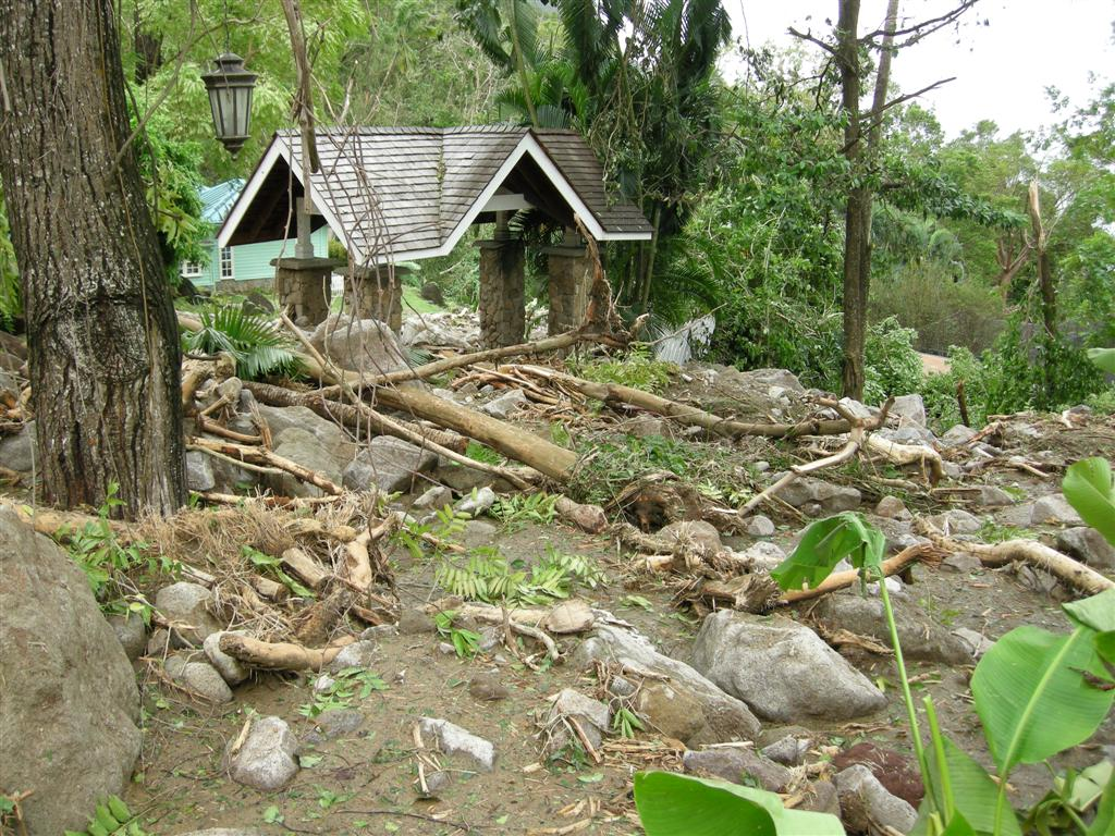 Jalousie Bad St Lucia Hurricane Tomas From Bad To Good Tab Hauser Travel