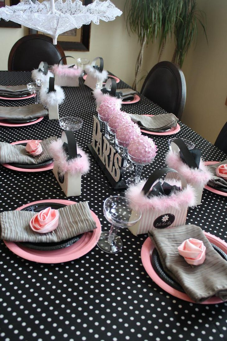 Dessert Paris 35 Black And White New Year's Eve Party Table Decorations