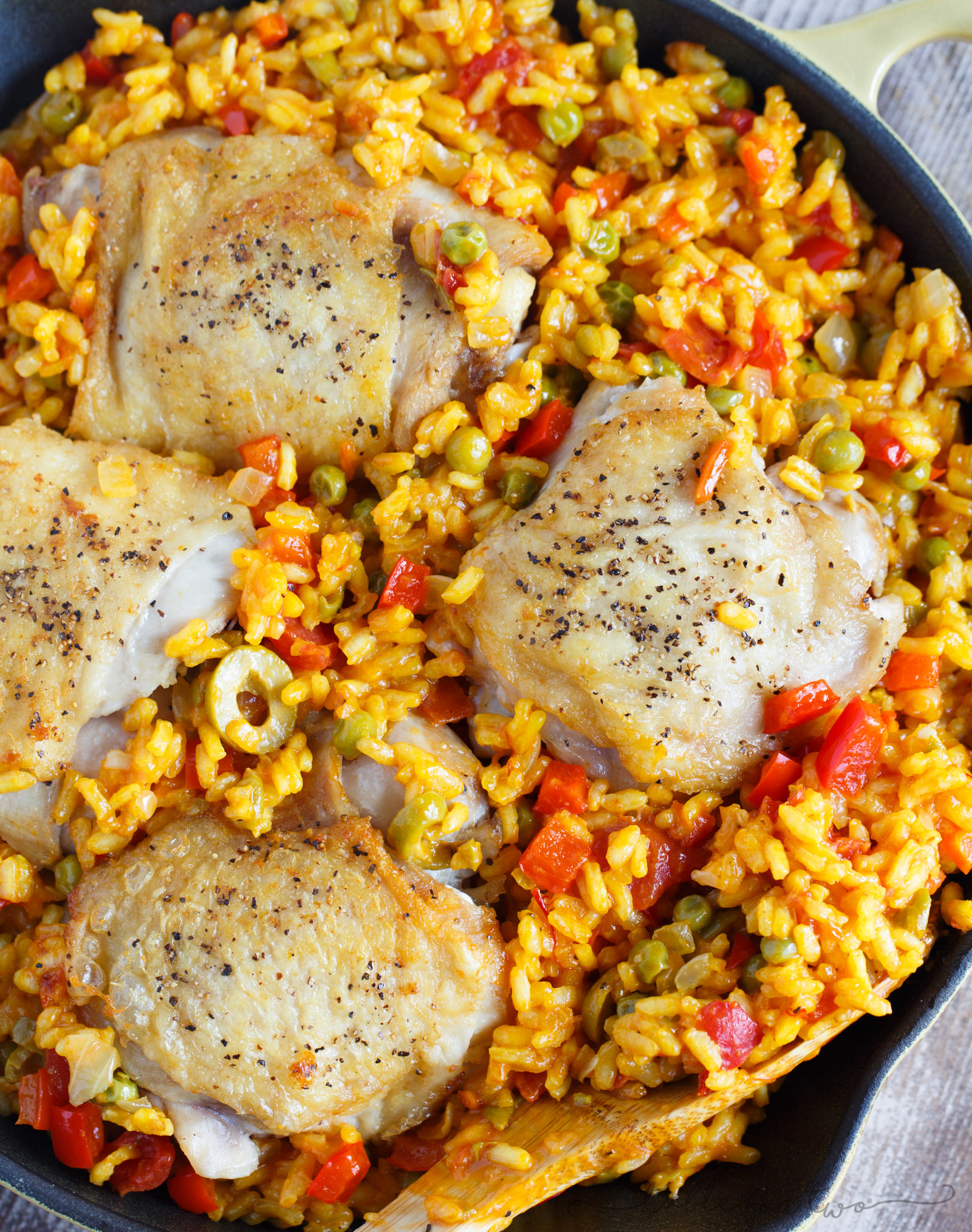 Classic Table Side Dishes Arroz Con Pollo