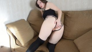 Bettie Bondage – Mom Takes Three For the Team