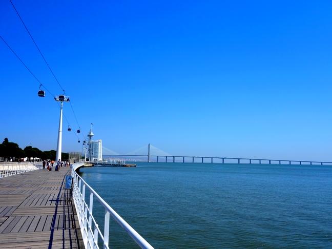 Blog Tache de Rousseur - Lisbonne look top mango (6)