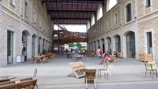 Blog Tache de Rousseur - Bordeaux rive droite Magasin Général Darwin (1)