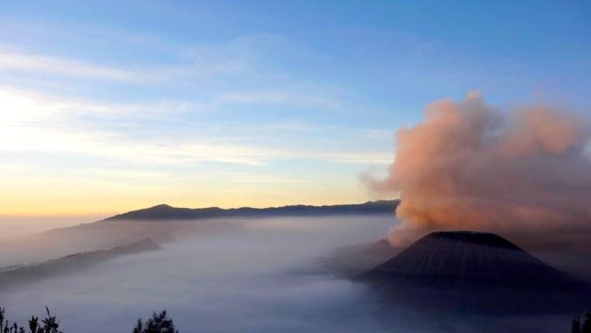 Mon voyage de 1 mois en Indonésie // Cemoro Lawang - Mont Bromo