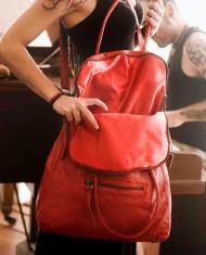 Ana bolso rojo piel bandolera grande hecho a mano uso a diario danza baile flamenco