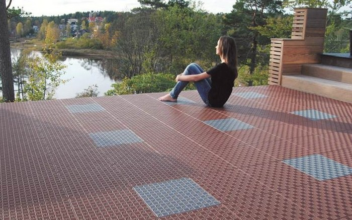 Steckdose Terrasse Tacttiles | Multi Functional Flooring