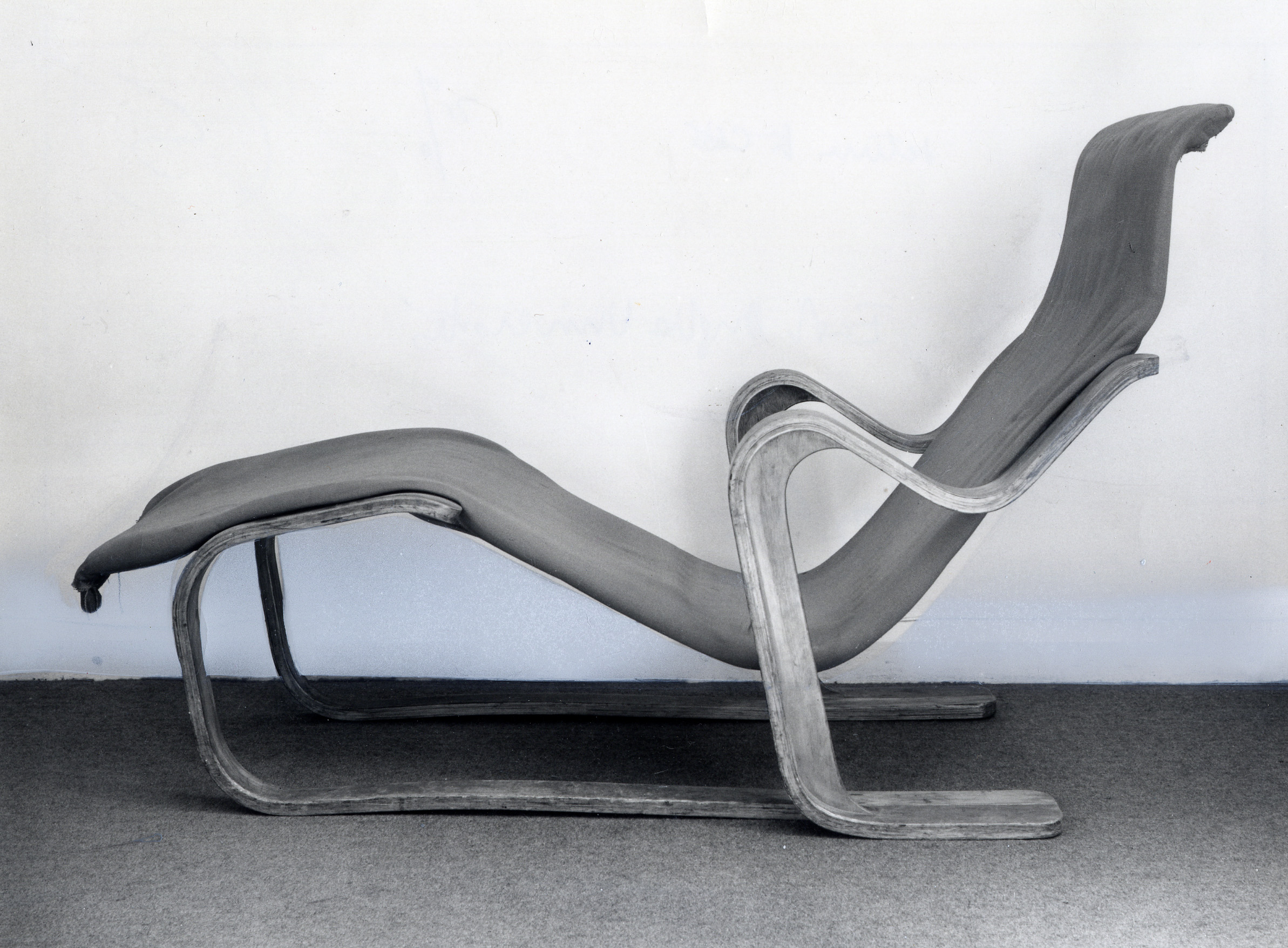 Long Chair Marcel Breuer Digital Archive Tag The Uea Library Blog
