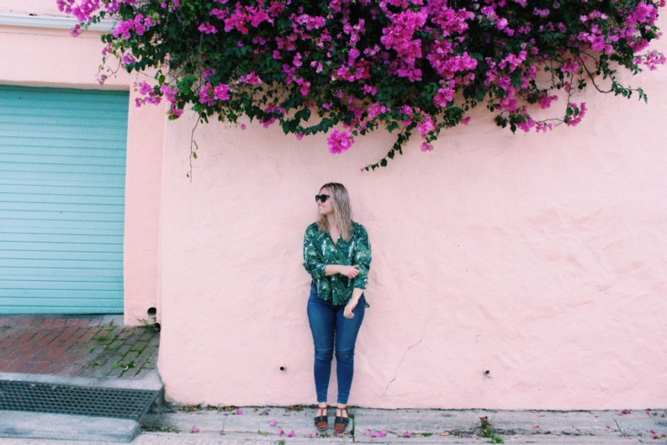 I found this pink wall in Kalk Bay, a small coastal village about 40 minutes from Stellenbosch