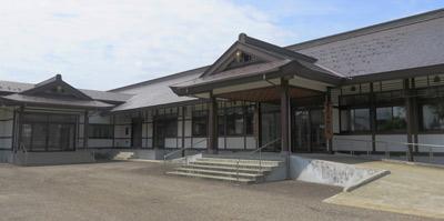 高田教務所の玄関