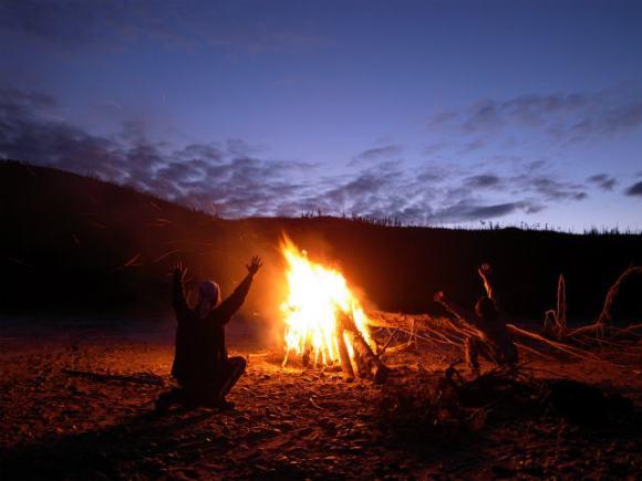 ユーコン川でオーロラとキャンプ (6)