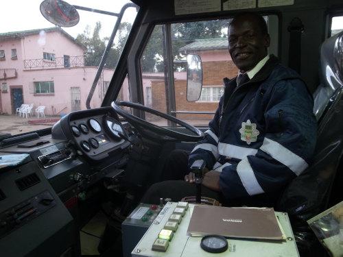 ザンビアルサカ消防署 (29)