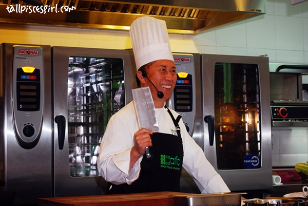 Chef Martin Yan designed his own knife and this is the only knife he used! He uses it for everything!