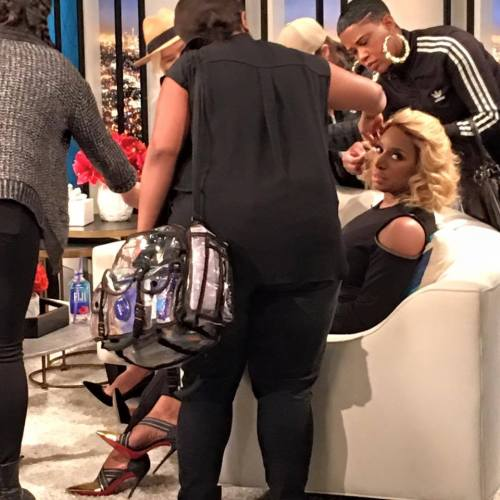 nene on fashion police