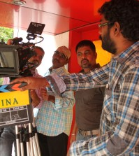 jigina working Stills