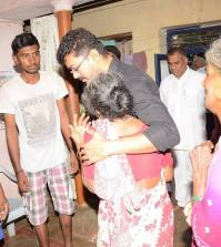 Vijay Visits fan house 2