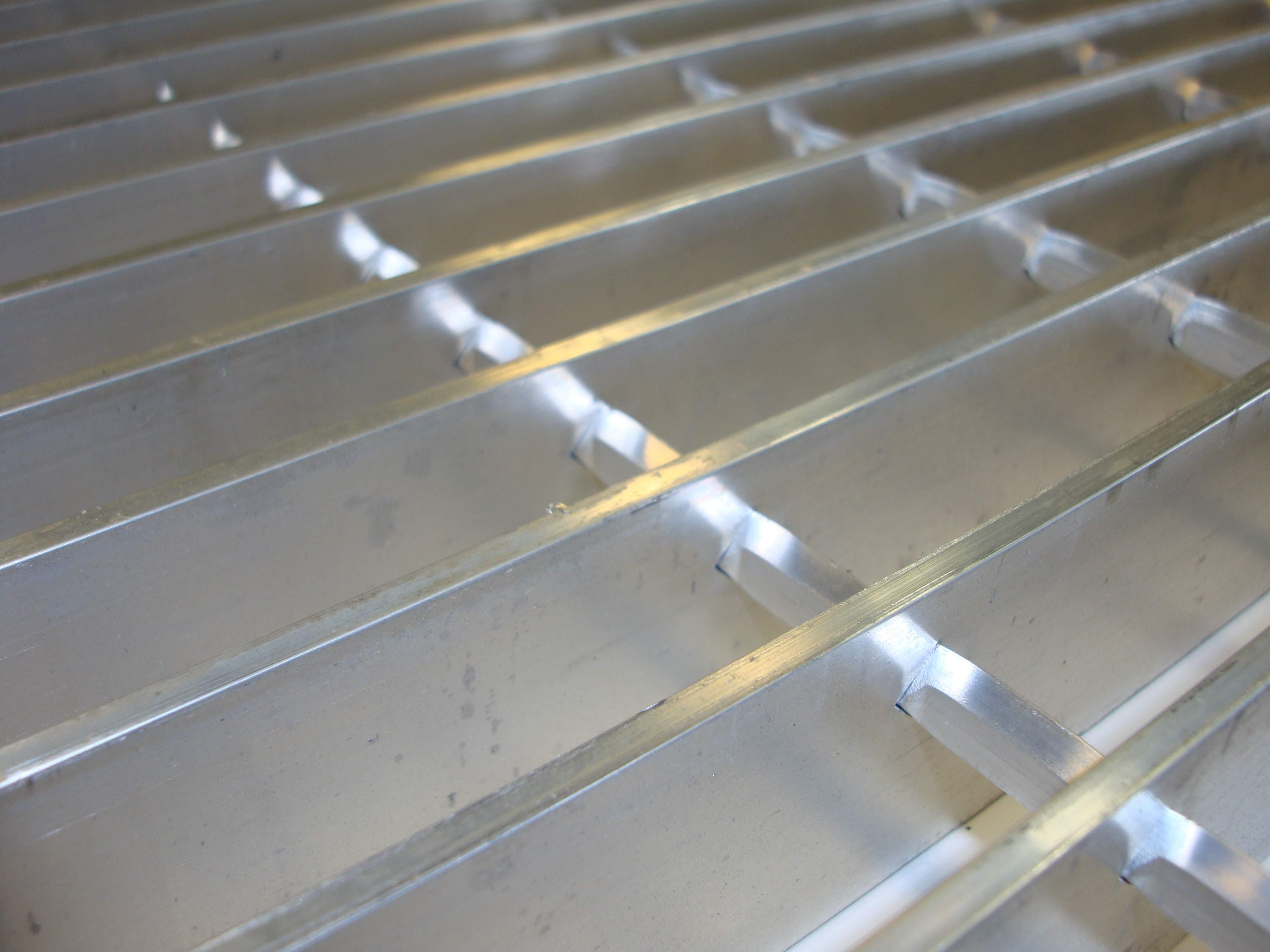 Walkway Grating 4 X 48 X 96 X 20 Tampa Steel Supply