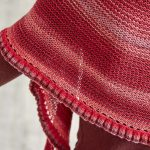 Das Yarncamp Tuch 2015, gestrickt aus 100g Merino Extrafine 285 Lace von Schachenmayr in Farbe 581 Cabernet