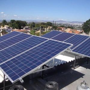 03 - Instalação dos módulos fotovoltaicos - 16 x 310Wp Trina Solar
