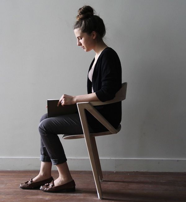 Silla coja 2 Uma cadeira que te oferece tudo, menos conforto