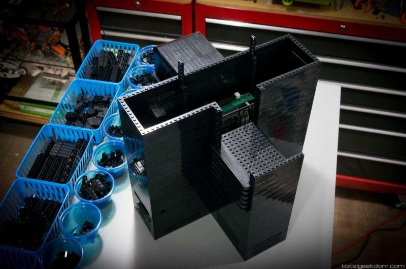 Lego Gaming Computer-04