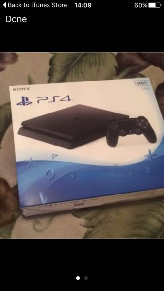 PlayStation 4 Slim 04