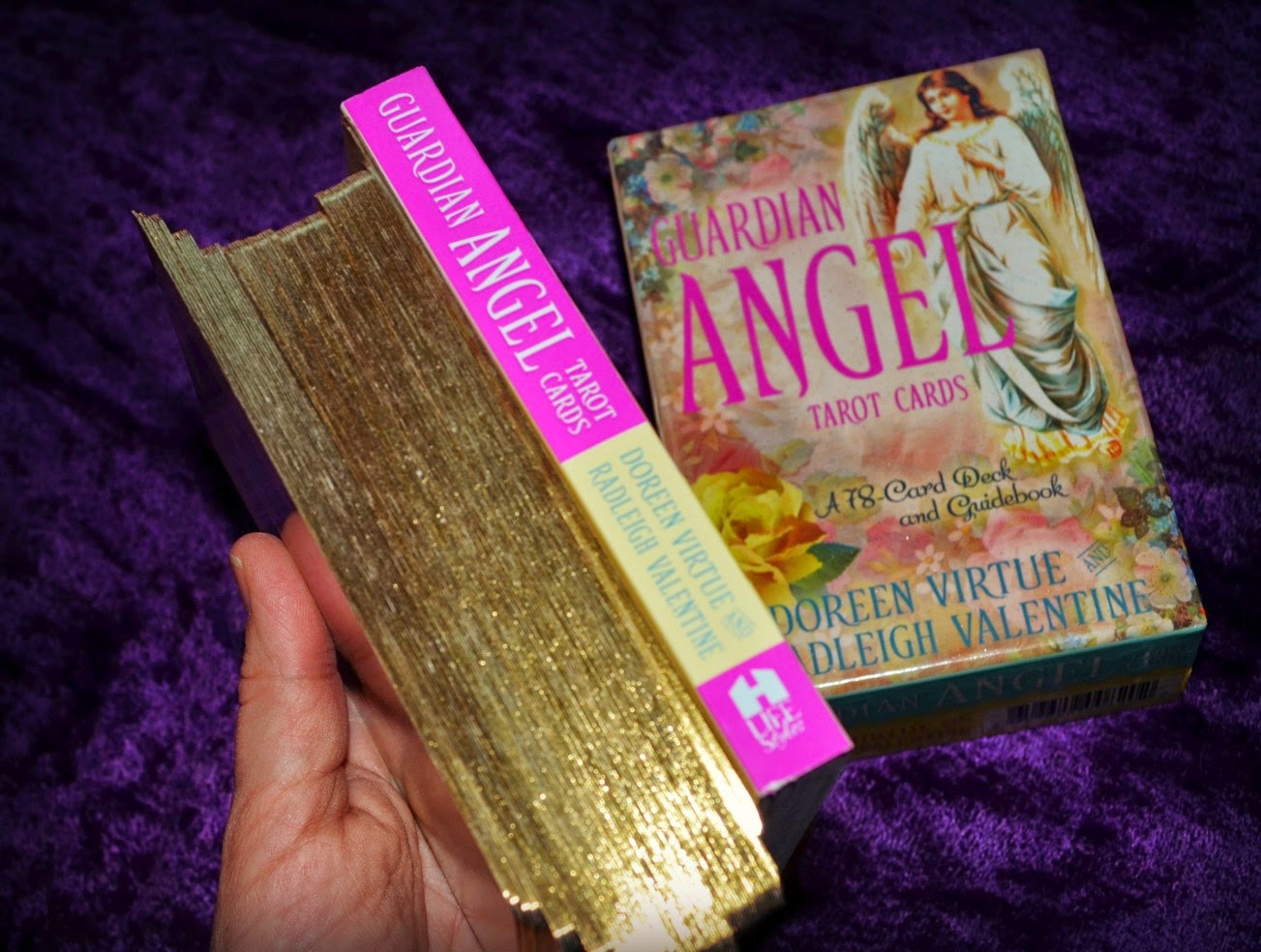 El Angel Guardian Libro Guardian Angel Tarot Cards Tarots Del Mundo