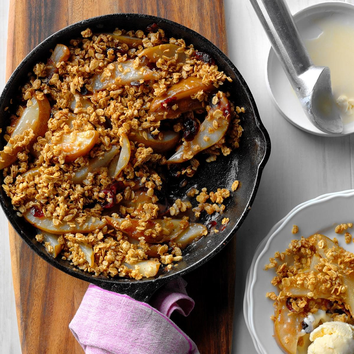 Peer Crumble Our Absolute Favorite Pear Desserts Taste Of Home