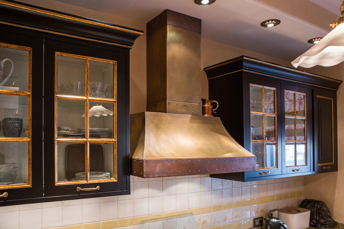 How To Clean A Range Hood That S All Greasy And Dusty