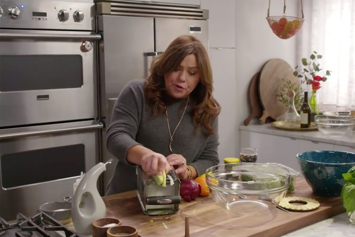 Here S A Sneak Peek Of Rachael Ray S 30 Minute Meals Taste Of Home
