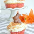 Butterfinger cupcakes sm