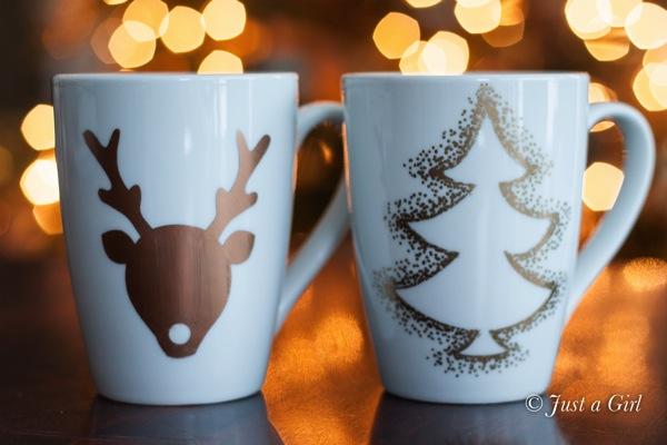 Christmas-mugs