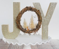 HAPPY Holidays: Glittered Woodland Decor