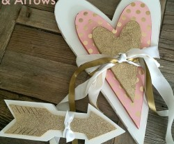 valentines.day.wood.hearts.and.arrows