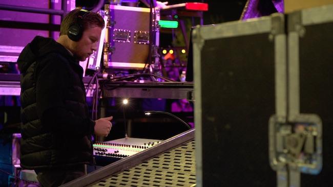 Daren Smith_Backstage