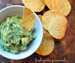 fresh-garlic-guacamole-cleverlyinspired-2_thumb