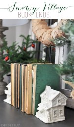 Happy Holidays: Snowy Village Book Ends