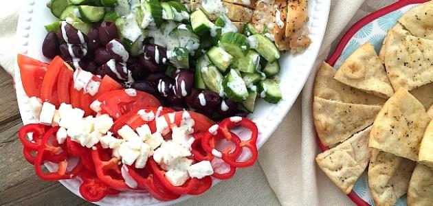 greek cobb salad with zesty chicken