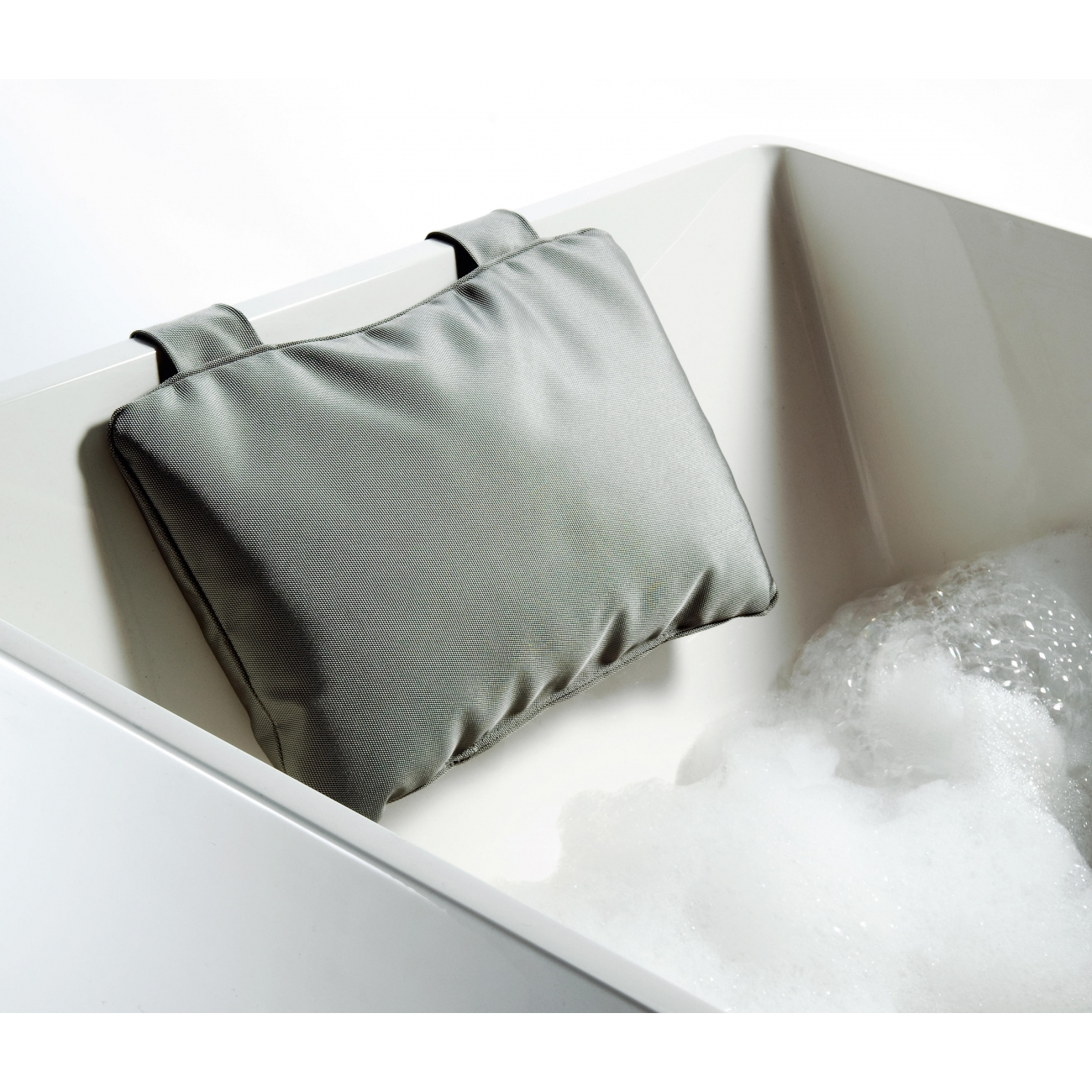 Decor Walther Decor Walther Loft Nk Bath Pillow Nylon Tattahome