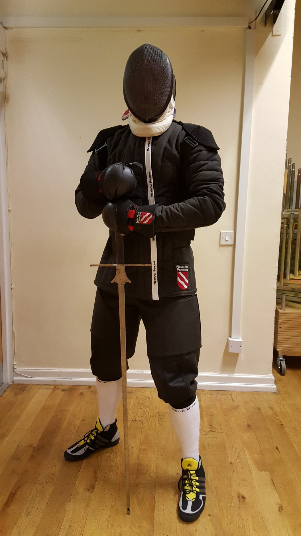 neyman fencing official supplier to the tla taunton longsword