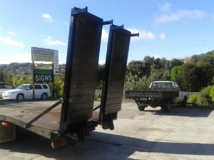Hydraulic Ramps for trucks and low Loaders.