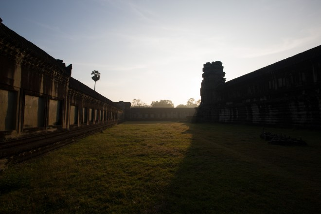 AngkorWatSunriseCourtyard