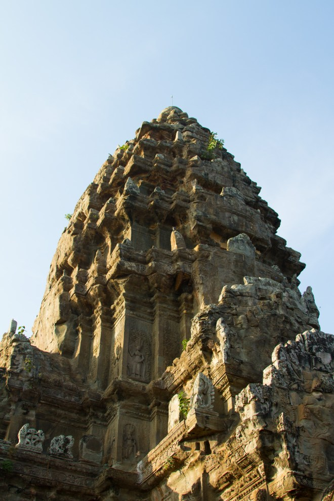 AngkorWatTower2