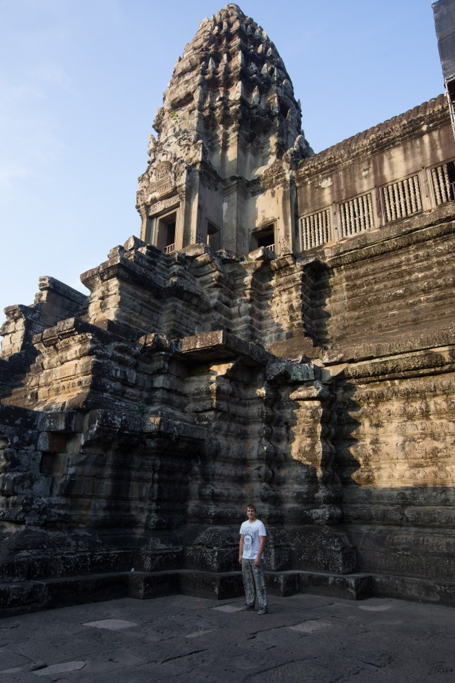 AngkorWatTower3Me