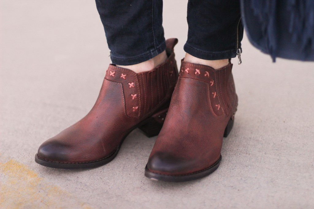 Picture of blogger, Tazia Lynne, wearing the NAUGHTY MONKEY SHORT WESTERN BOOT.