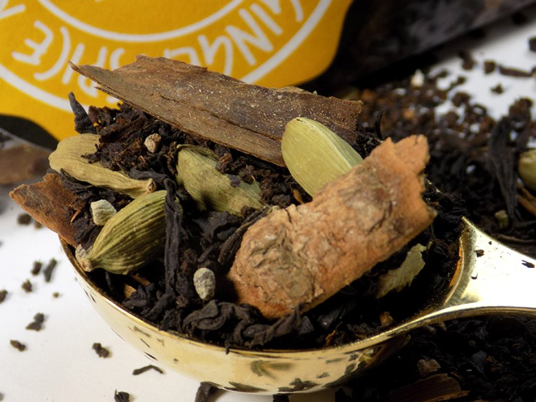 Ladida IWC Hamilton Ginger Spice Masala Chai Loose Tea Review