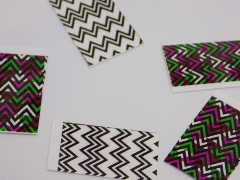 BP-Y03 Born Pretty Wave Design Nail Decals - Cut