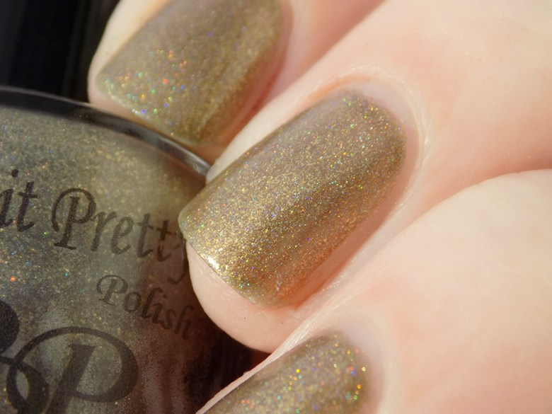 Paint It Pretty Izzy Custom Thermal Polish Holo Swatch